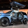 [PHOTOS] Lincoln Navigator Concept Is an Enormous Land-Titanic