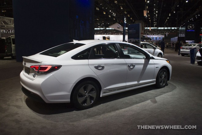 2017 Chicago Auto Show Photo Gallery See The Cars Hyundai Had On Display