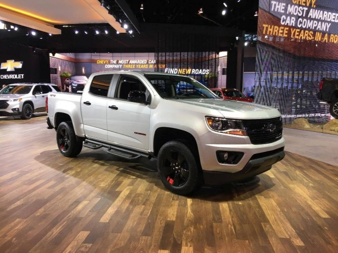 chevy colorado redline edition the news wheel. Black Bedroom Furniture Sets. Home Design Ideas