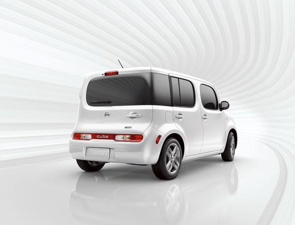Nissan cube history