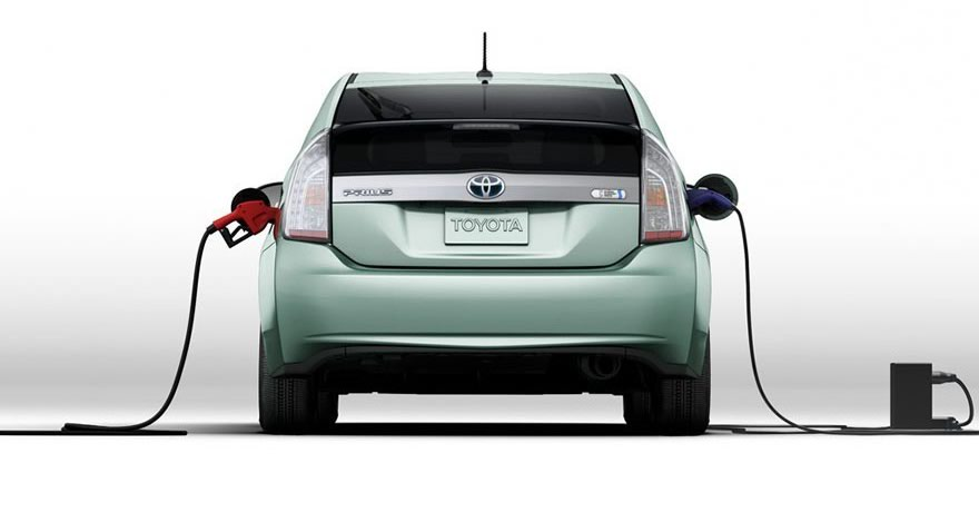 Toyota Prius Plug-In History