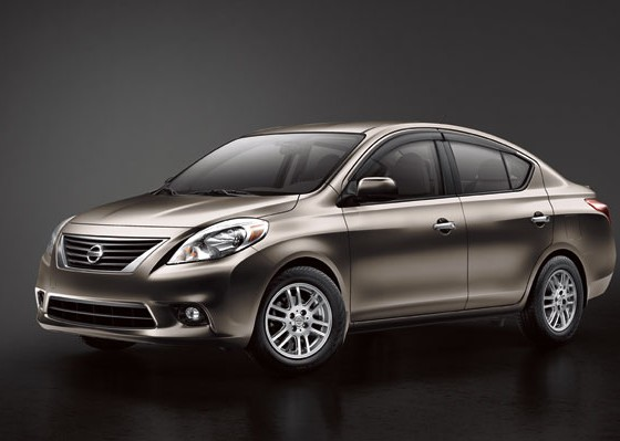 nissan versa named best family car under 20 000 the news wheel. Black Bedroom Furniture Sets. Home Design Ideas