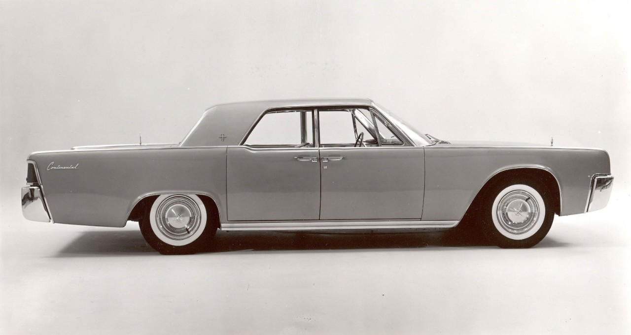 JFK's-Lincoln-continental