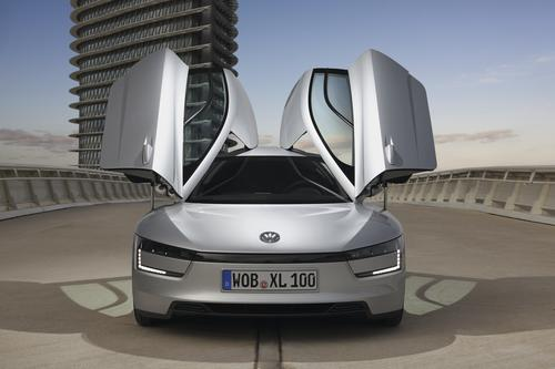 VW XL1 doors