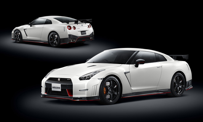 2015 Nissan GT-R NISMO | 2014 Road & Track Performance Car of the Year
