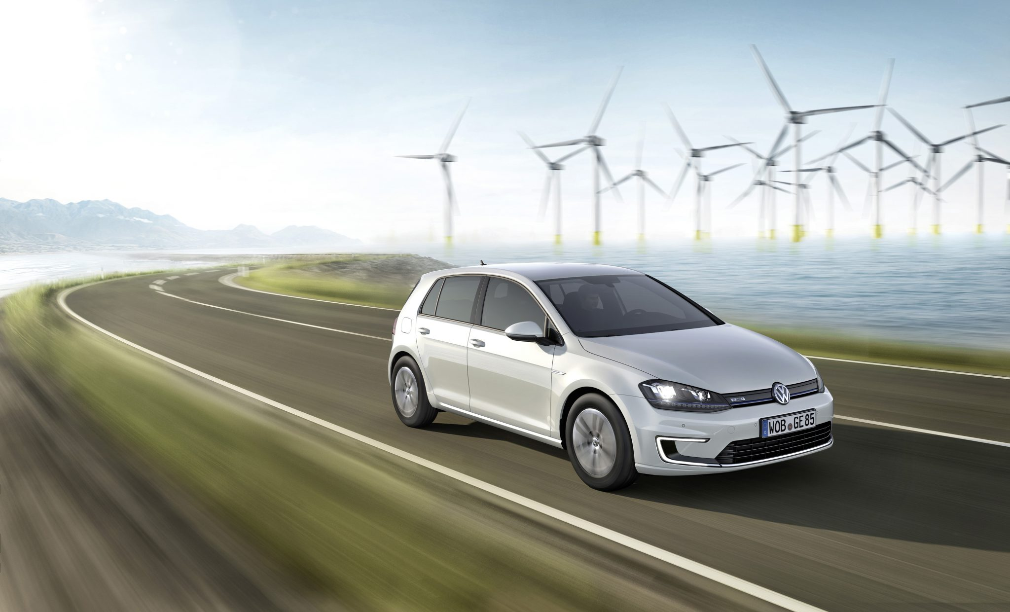 2015 volkswagen egolf marks vw s first electric entry in america the news wheel. Black Bedroom Furniture Sets. Home Design Ideas