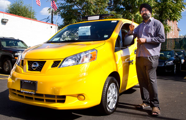 Nissan-NV200T-Taxicab