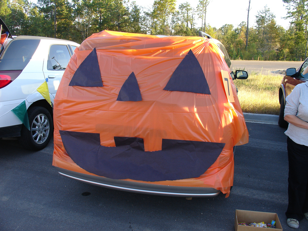jack o lantern car - Car Decorations For Halloween