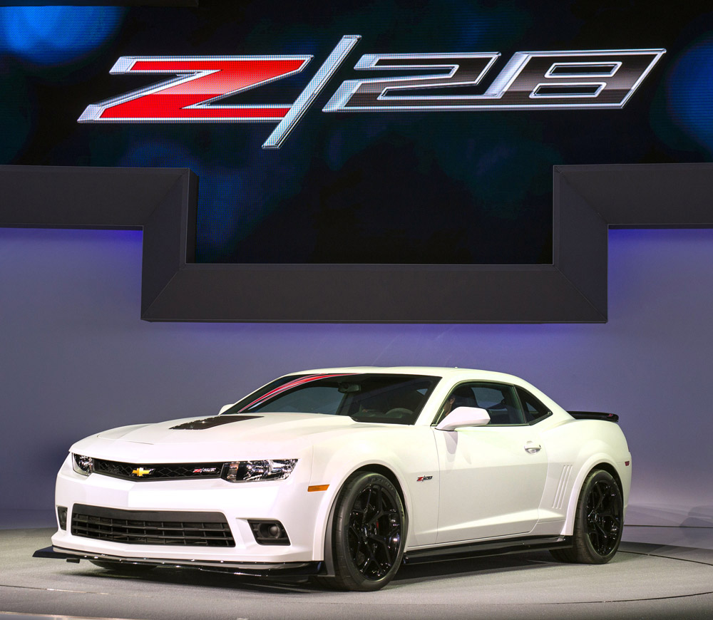 2014 Chevy Camaro Z/28 Contributes to Brand's Success in Dependability Study with the Volt and Camaro
