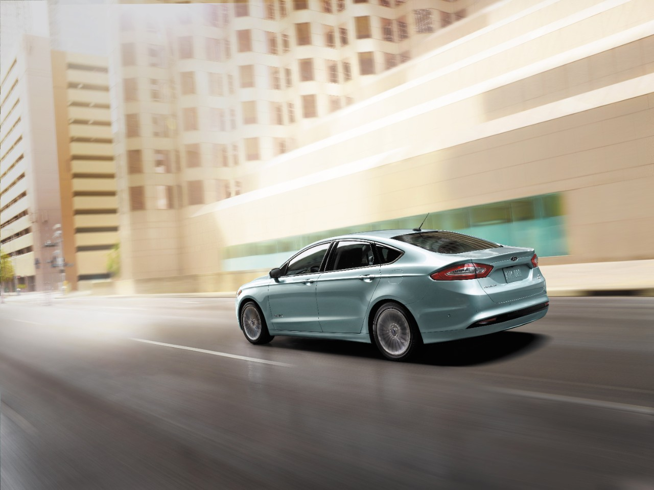 2014-ford-fusion-hybrid-overview