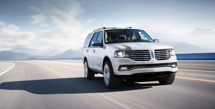 2015 Lincoln Navigator - White