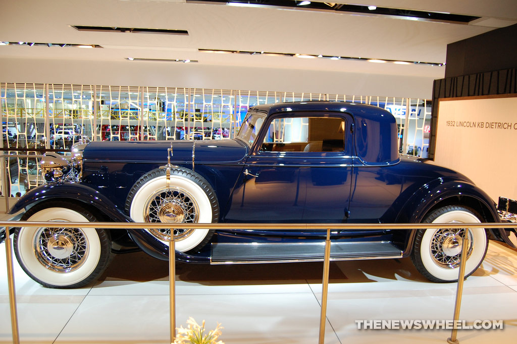 Lincoln NAIAS display: 1932 KB Dietrich Coupe