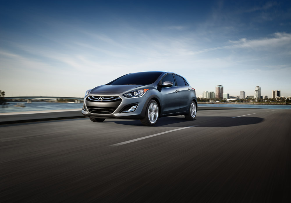 2014 hyundai elantra overview the news wheel. Black Bedroom Furniture Sets. Home Design Ideas