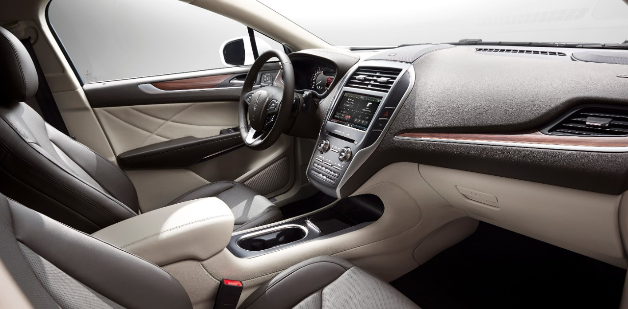Interior Appointments in 2015 Lincoln MKC