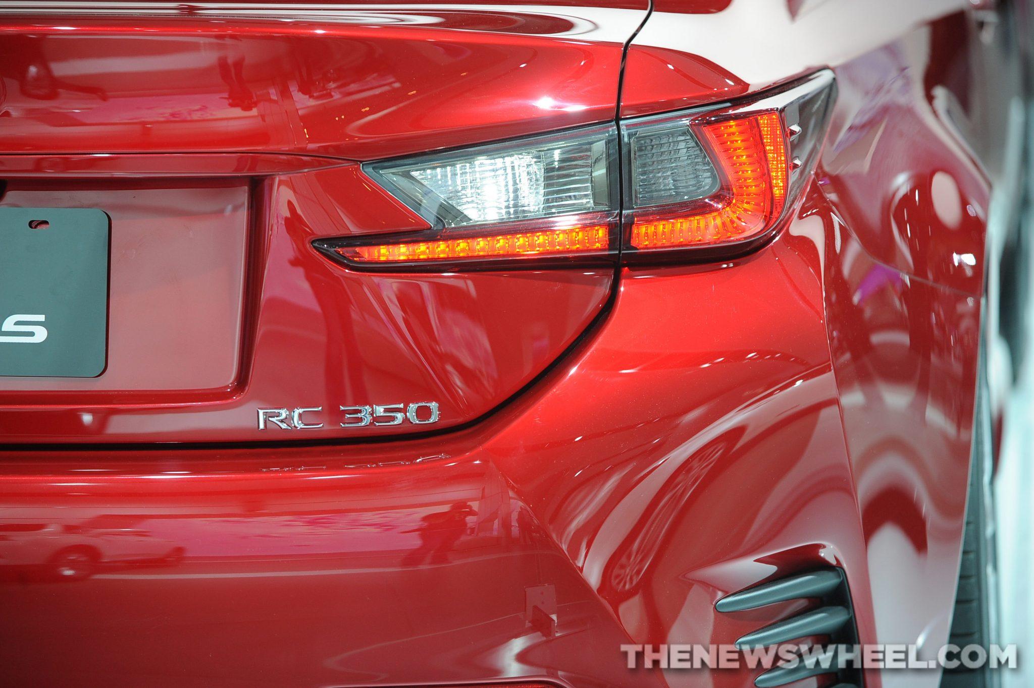 Lexus NAIAS Display: RC 350