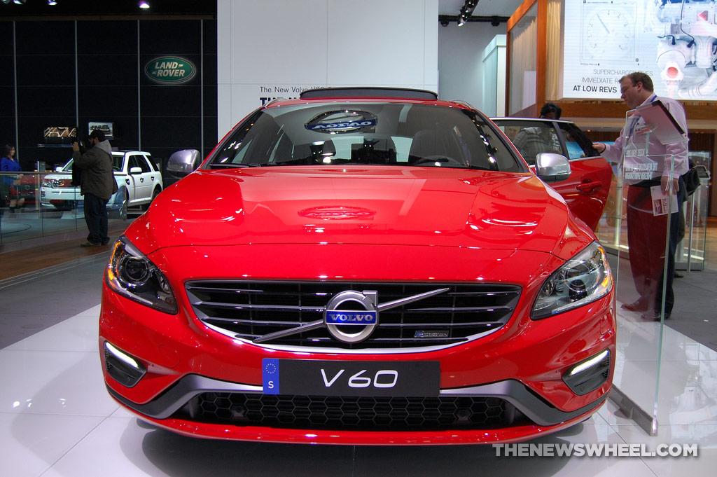 Volvo NAIAS display: V60