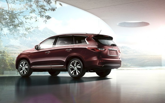 2014 Infiniti QX60 Hybrid outdoors