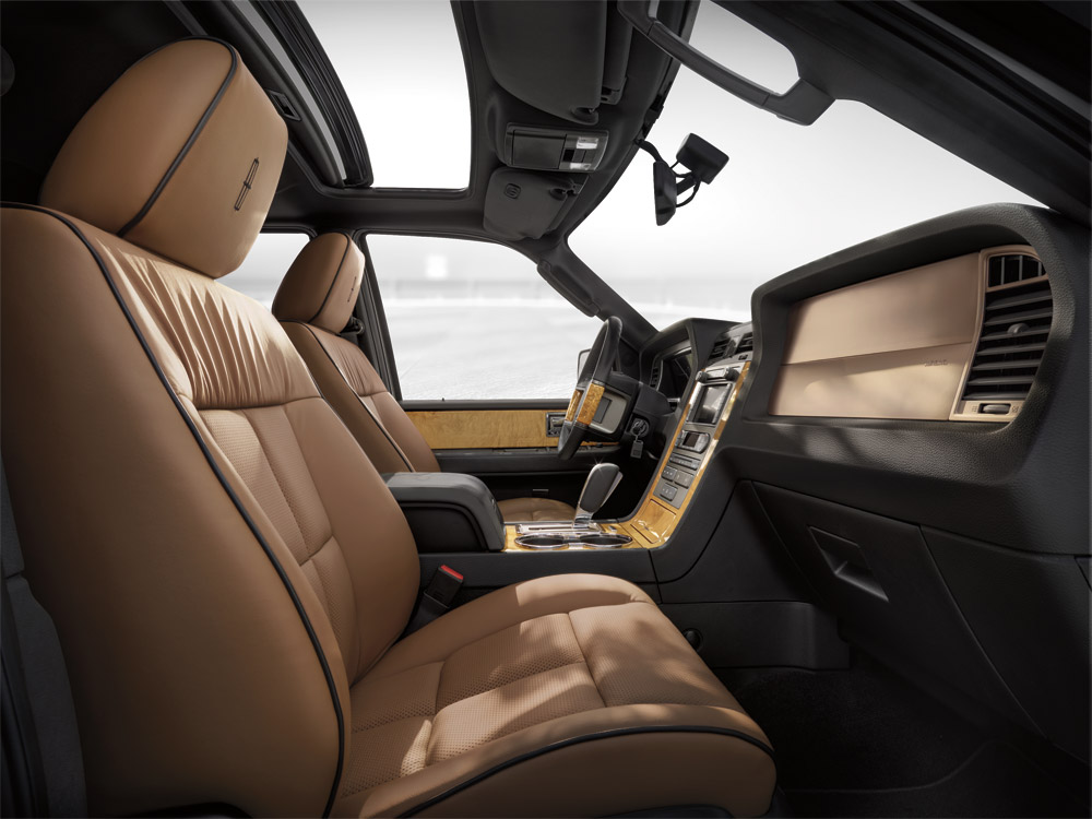 2015 Lincoln Navigator Interior Makes Life More Luxurious   The News Wheel