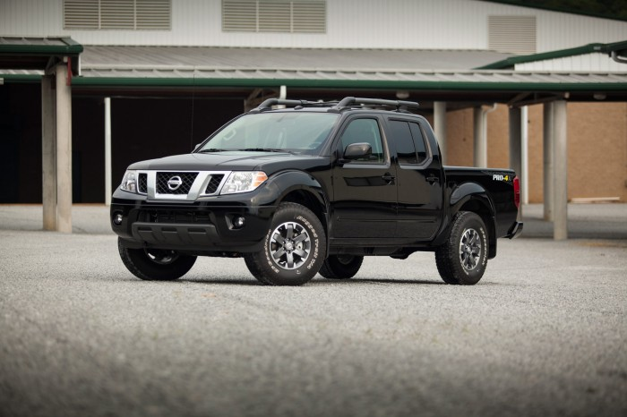 2014 Nissan Frontier Overview