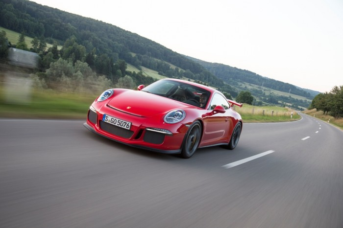 2014 Road & Track Performance Car of the Year: Porsche 911