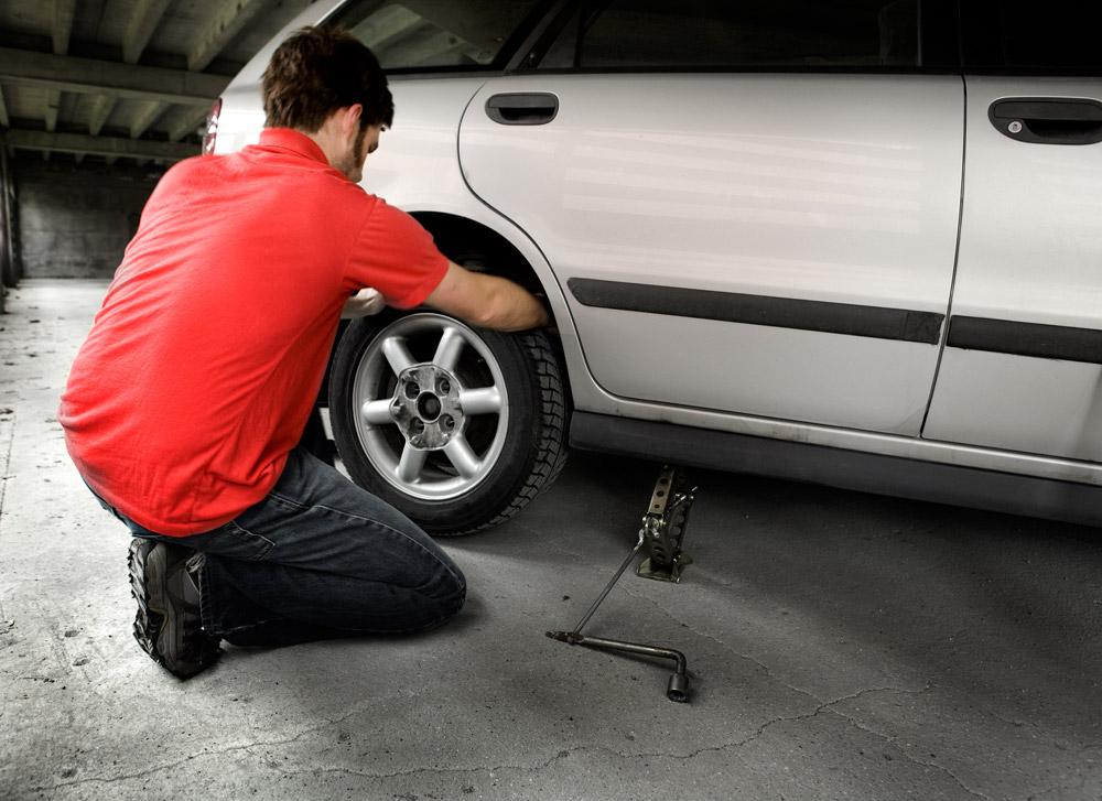 do essay repair flat tire