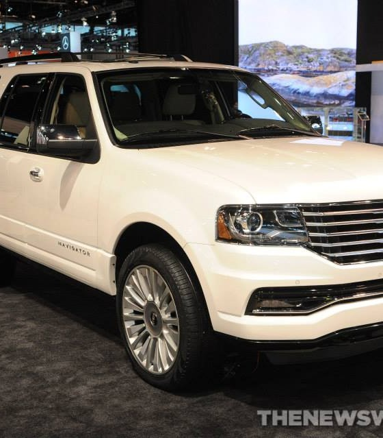 Lincoln Navigator V6: New Lincoln Navigator Engine Gets A Boost…an EcoBoost, To