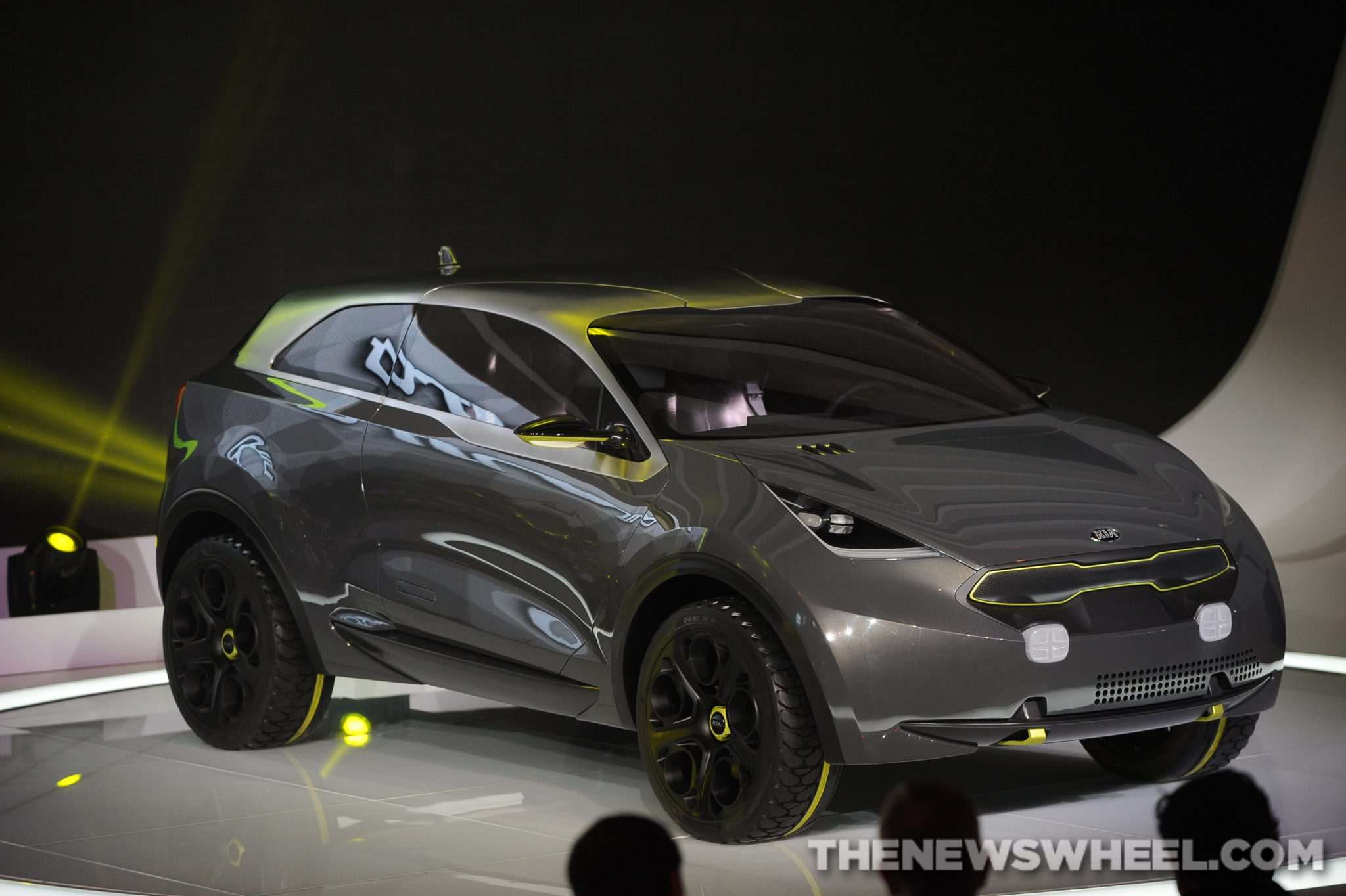 new kia hybrid crossover coming in 2016 the news wheel. Black Bedroom Furniture Sets. Home Design Ideas