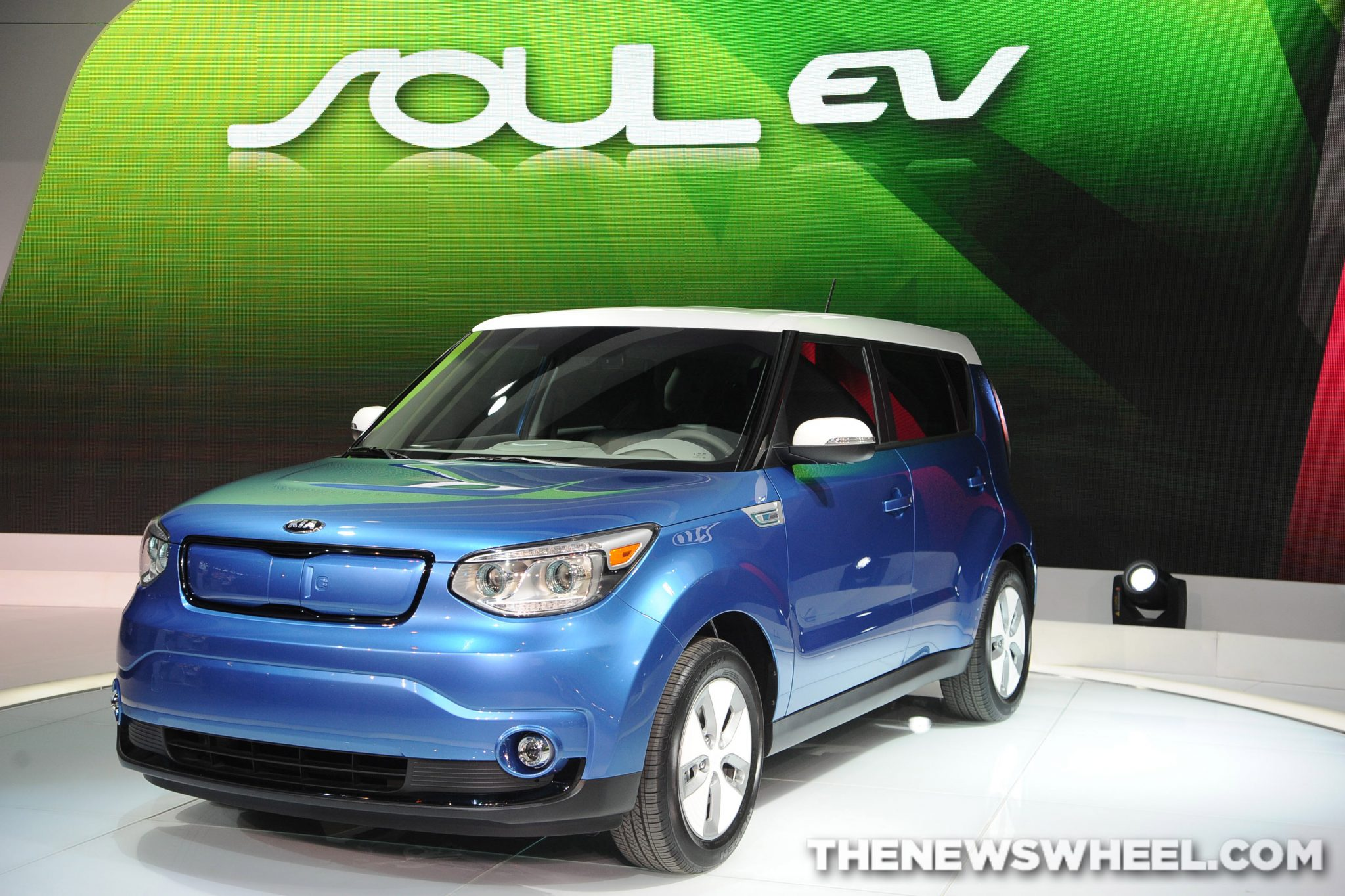 modern kia a blue scheme the accented tone soul two ev features pin color