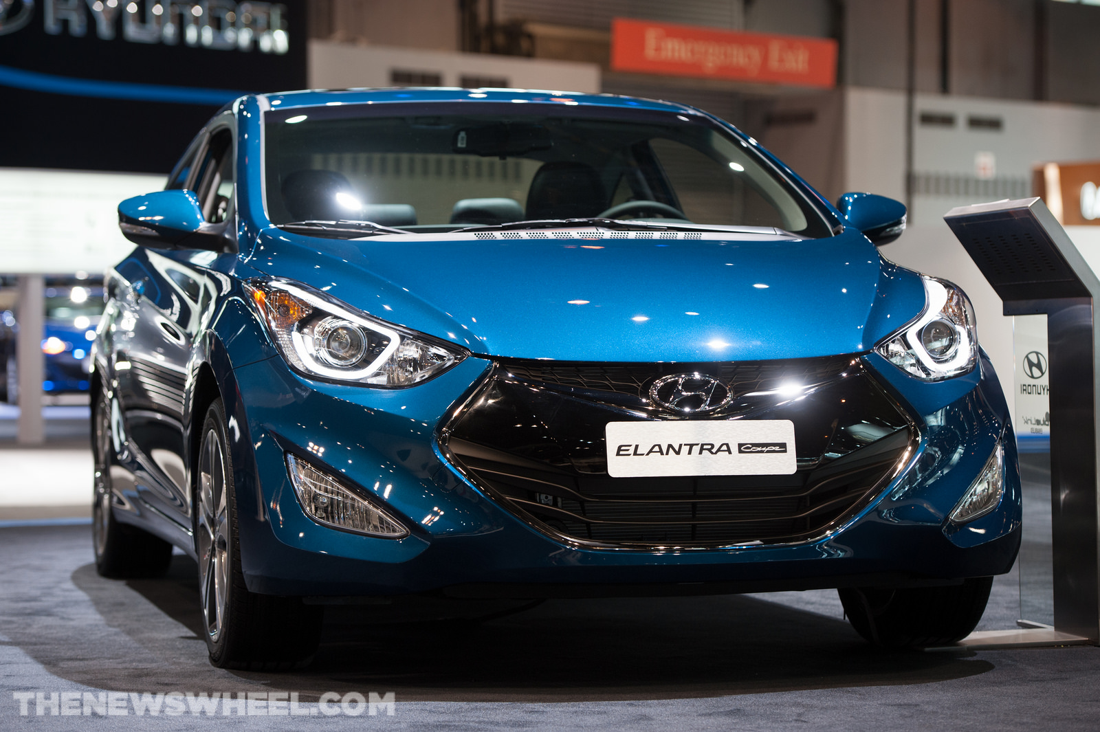 2014 hyundai elantra coupe overview the news wheel. Black Bedroom Furniture Sets. Home Design Ideas