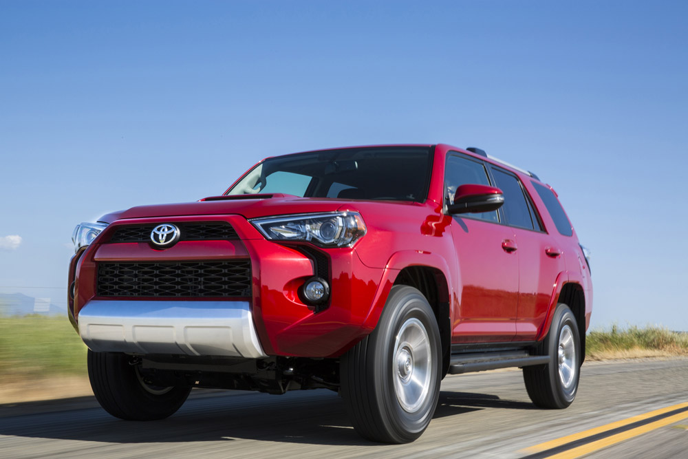 awards toyota 4runner most fun suv the news wheel. Black Bedroom Furniture Sets. Home Design Ideas