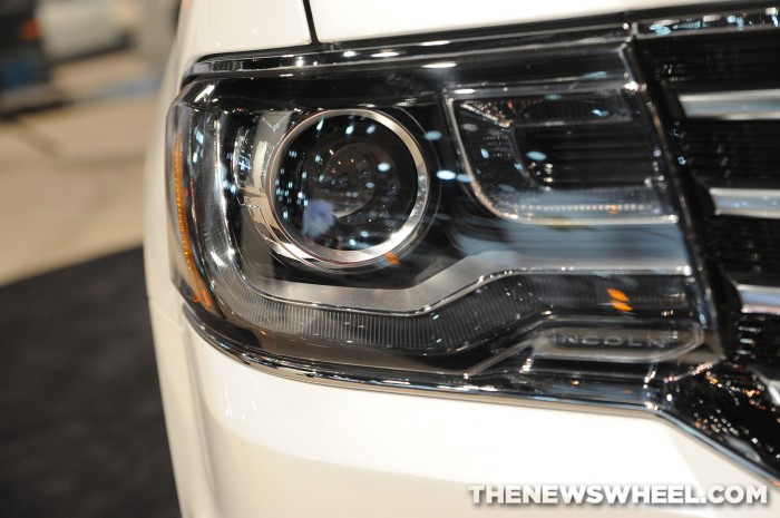 2015 Lincoln Navigator Headlight