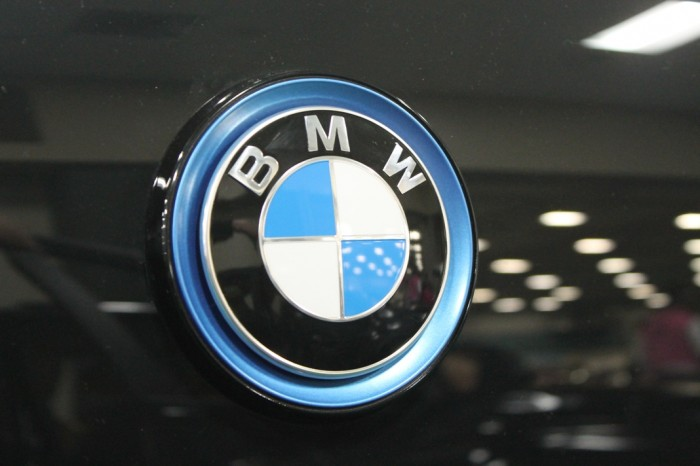 BMW i3 badge