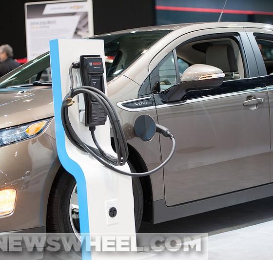 Chevrolet Volt 2016: Next-Gen 2016 Chevy Volt Will Be Restyled, Debut Next Year