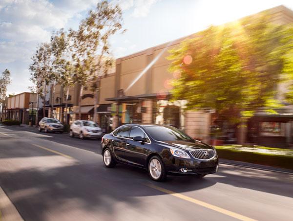 2013-Buick-Verano-Overview