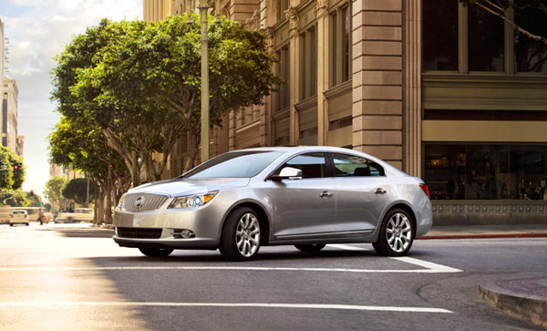 2013 Buick LaCrosse Overview