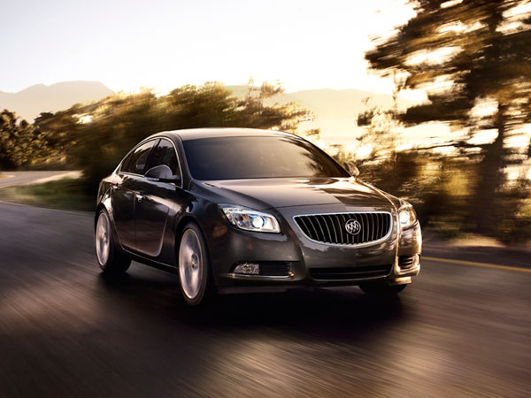 2013-buick-regal-overview