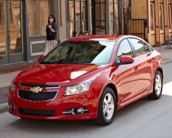 2013 chevy cruze overview the news wheel. Black Bedroom Furniture Sets. Home Design Ideas