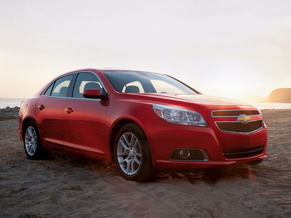 2013 chevrolet malibu overview the news wheel. Black Bedroom Furniture Sets. Home Design Ideas
