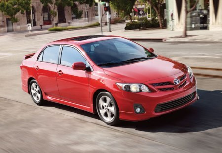 2013 toyota corolla overview the news wheel. Black Bedroom Furniture Sets. Home Design Ideas