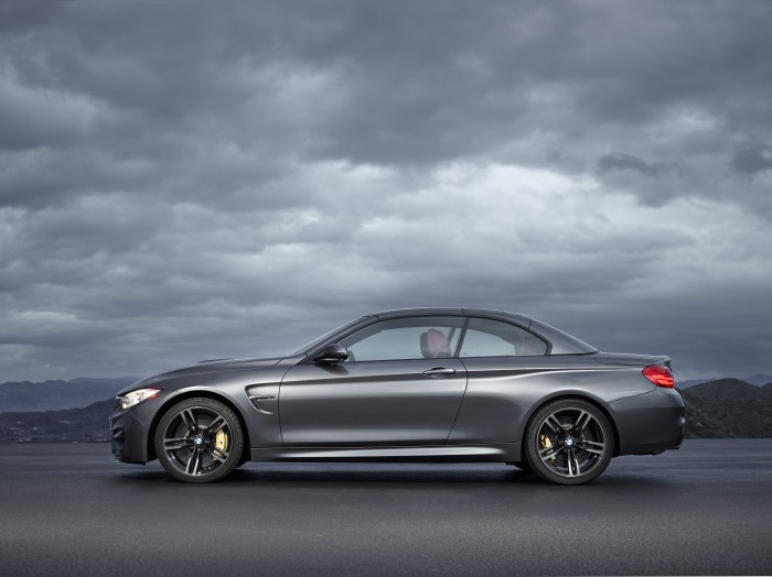 2015 BMW M4 Convertible side image