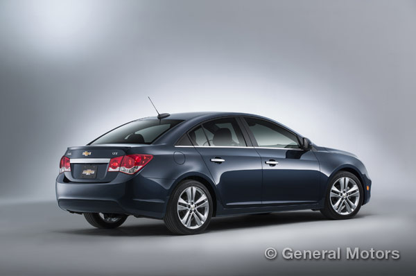 2015 Chevy Cruze Overview