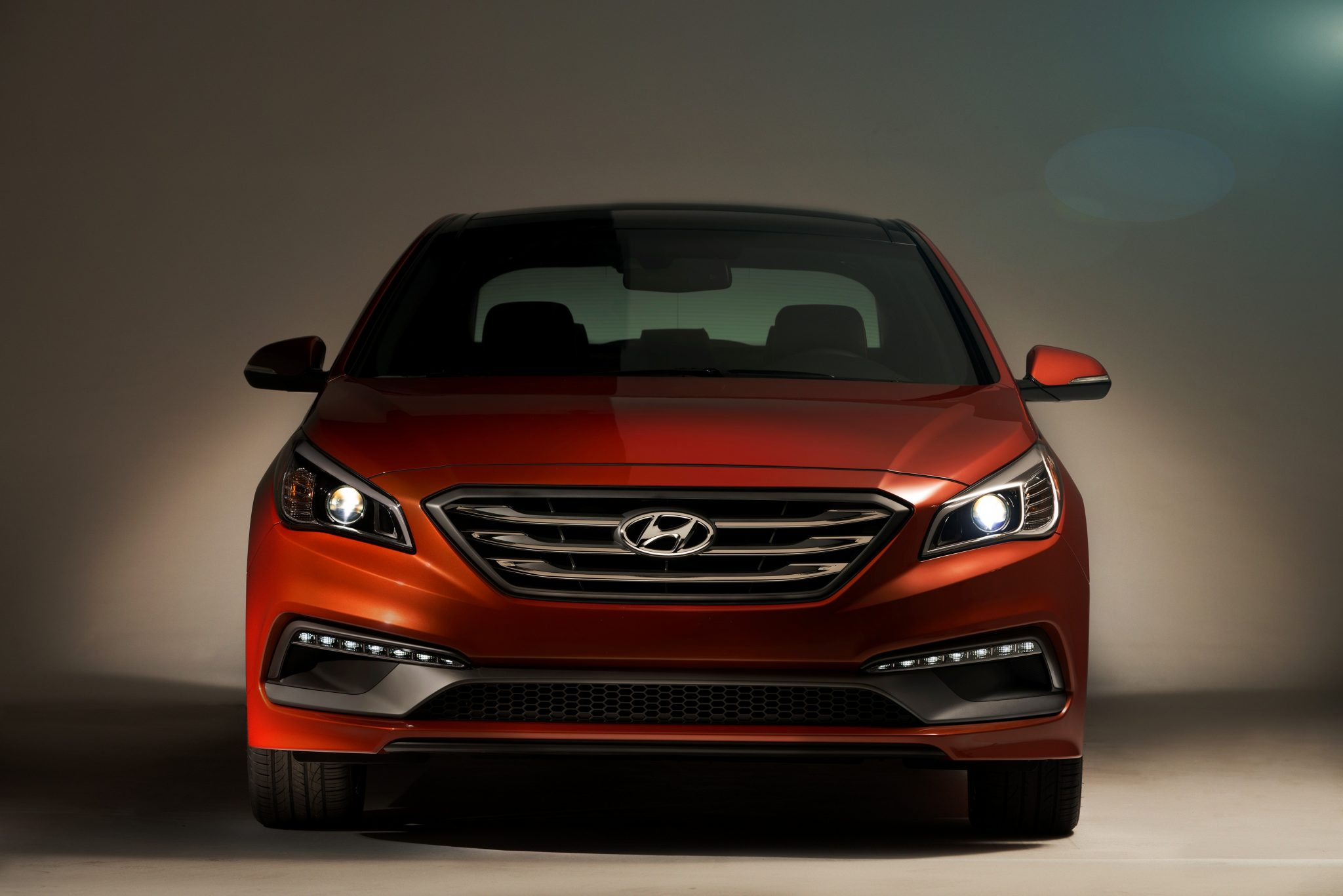 photo clutch new hatch facelift and warm unveiled news gallery with gearbox dual photos hyundai