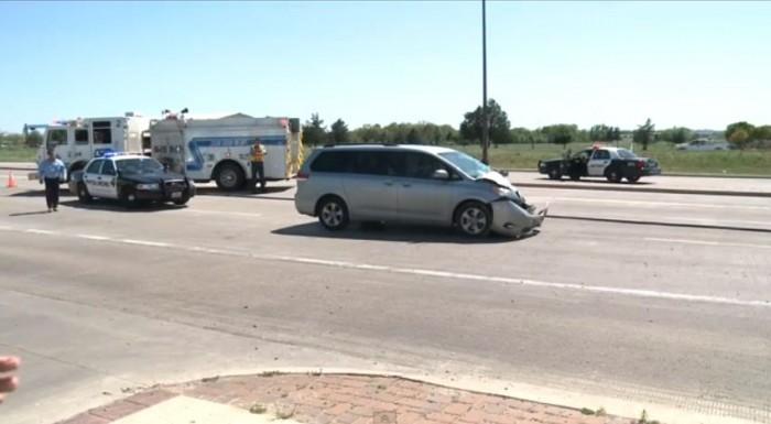 Minivan involved in cement truck crash