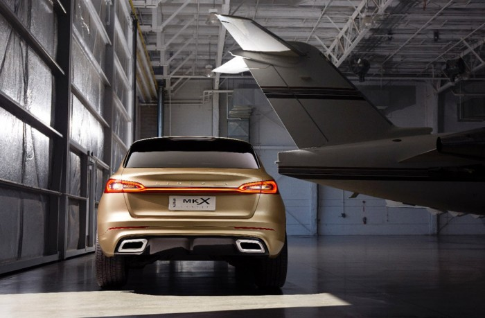 http://thenewswheel.com/wp-content/uploads/2014/04/Lincoln-MKX-Concept-7-700x459.jpg