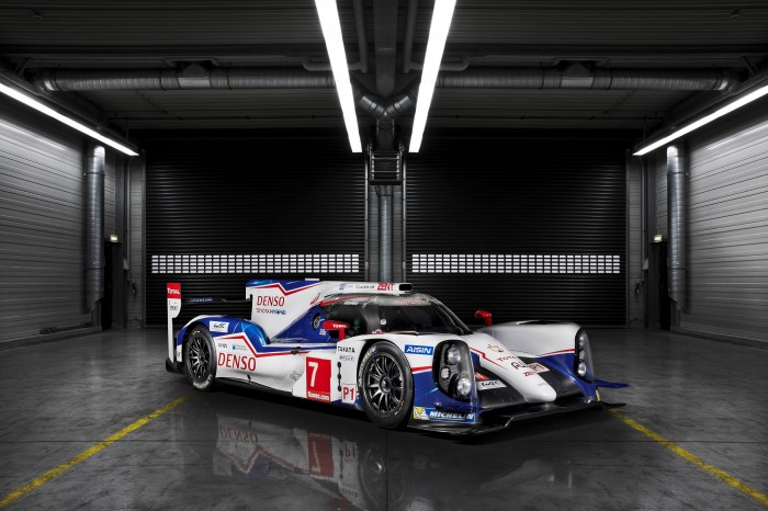 Toyota hybrid racing video