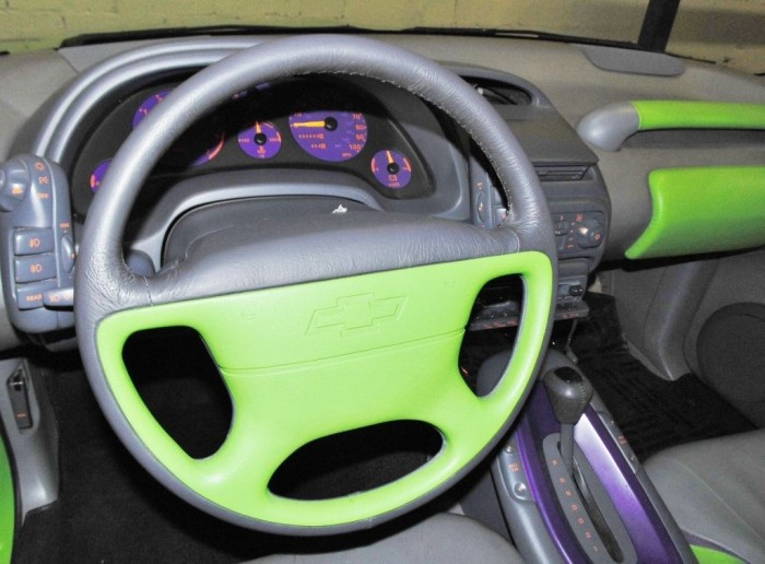 1993 Chevy Highlander Concept steering wheel