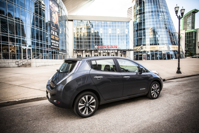 2013 Nissan LEAF overview