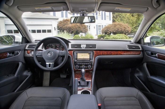 2013 Passat interior