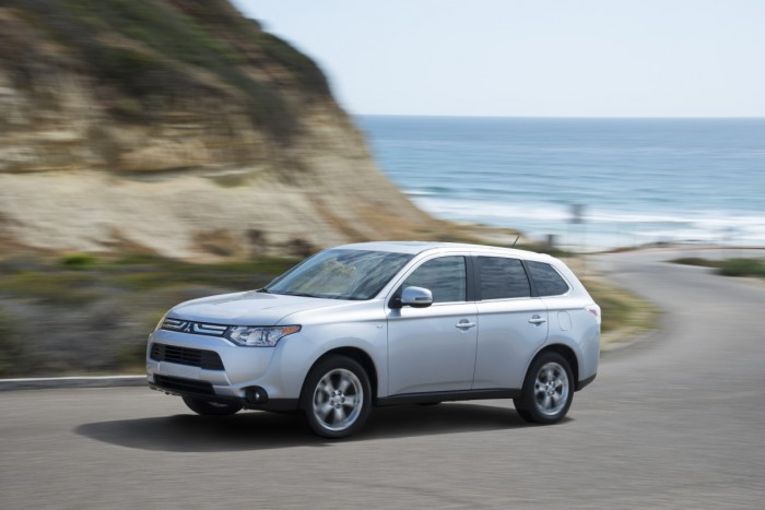 Spain vs. Netherlands | Mitsubishi Outlander GT
