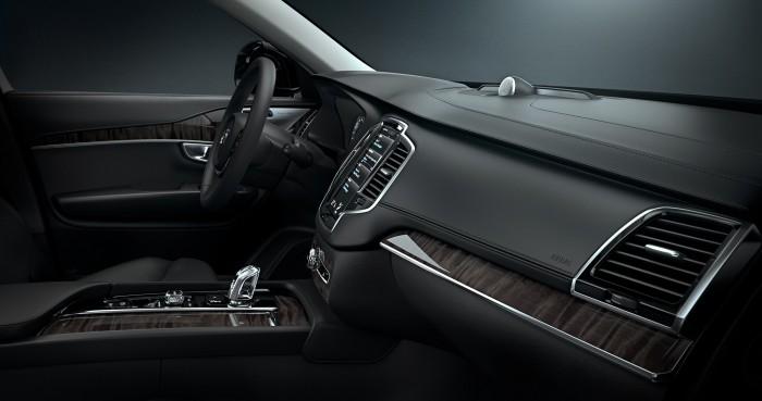 inside the 2015 Volvo XC90